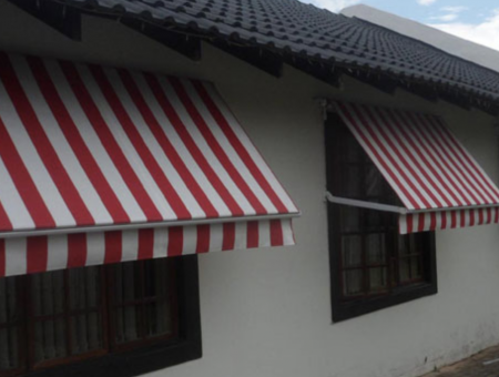 fall-arm-awnings-01